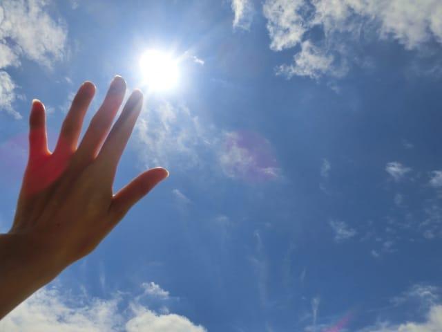 紫外線が引き起こす肌トラブル