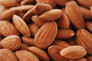 美肌効果のあるナッツ
